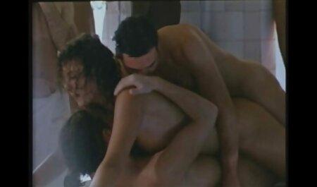بزرگ ورزش فیلم سکسی دکتر با بیمار ها تقدیر در دهان