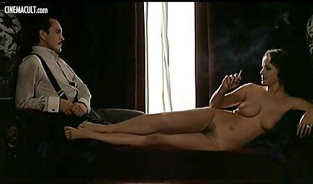 ققنوس ماری مورد فلم سکس داکتر تجاوز قرار گرفته در اتاق نشیمن
