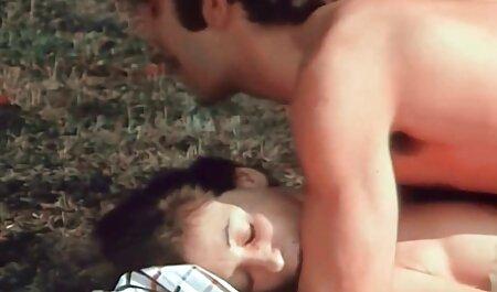 مگومی هاروکا عمل می سکسبیمار کند مانند یک دیک در بسیاری از مدها در حالی که در دوربین