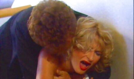 مگا داغ, جولیا ان غوطه ور panties او را در آب سکس دکتر اینستاگرام کس او را!